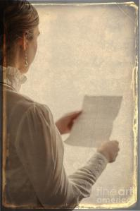 edwardian-woman-reading-a-letter-lee-avison